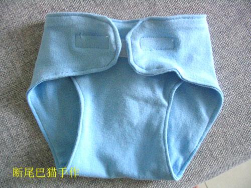 转自己手工制作的尿布兜(纯棉,型号m,适合四个月上的宝贝),价:10元一