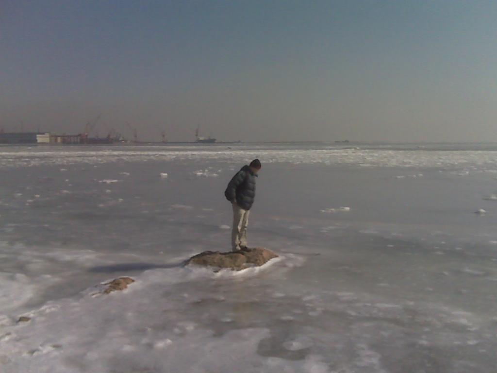 秦皇岛结冰的海,多图手机拍摄