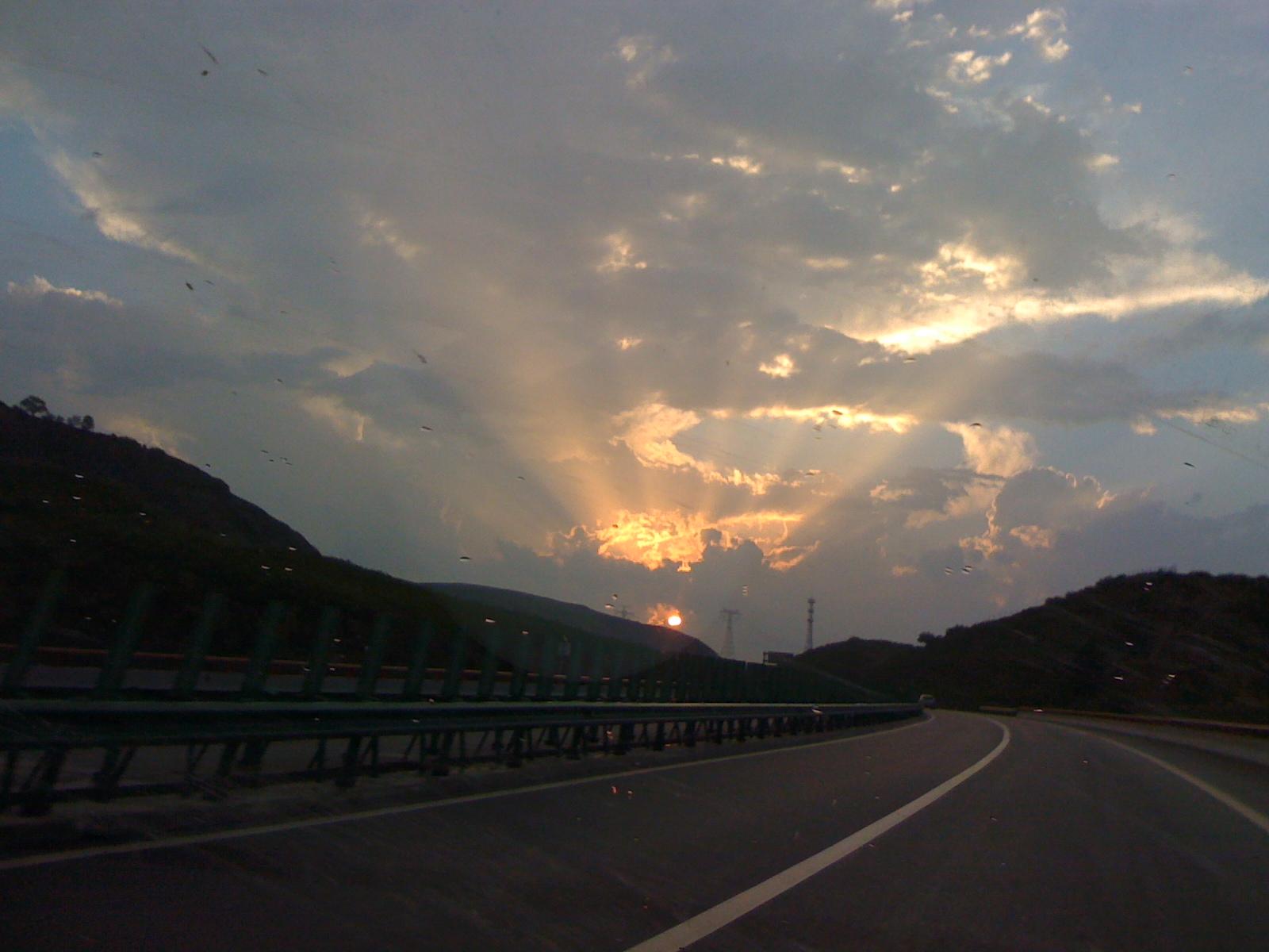 吕梁风景区路线图