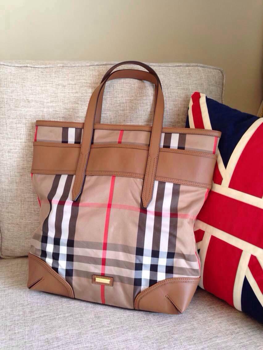 大牌包包,围巾新款到货图片